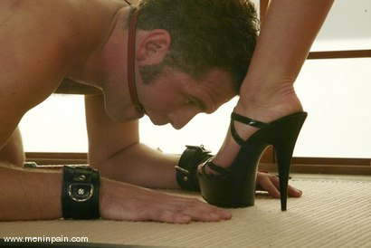 Photo number 6 from Ivy and Jarod shot for Men In Pain on Kink.com. Featuring Ivy and Jarod in hardcore BDSM & Fetish porn.