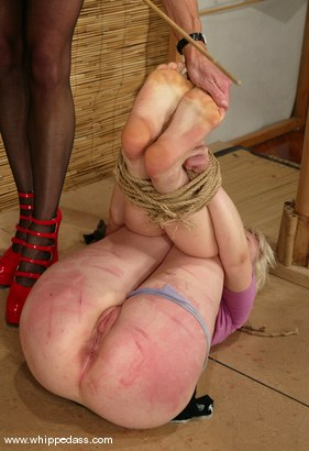 Photo number 4 from Kym Wilde and Lorelei Lee shot for Whipped Ass on Kink.com. Featuring Lorelei Lee and Kym Wilde in hardcore BDSM & Fetish porn.