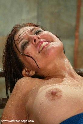 Photo number 15 from Sasha Monet shot for Water Bondage on Kink.com. Featuring Sasha Monet in hardcore BDSM & Fetish porn.