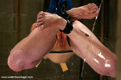 Photo number 9 from Ava shot for Water Bondage on Kink.com. Featuring Ava in hardcore BDSM & Fetish porn.