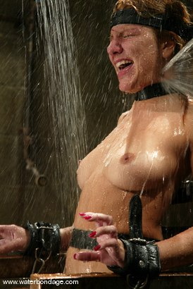 Photo number 13 from Jenni Lee shot for Water Bondage on Kink.com. Featuring Jenni Lee in hardcore BDSM & Fetish porn.