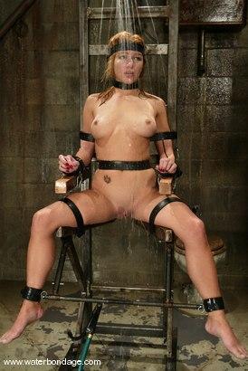 Photo number 12 from Jenni Lee shot for Water Bondage on Kink.com. Featuring Jenni Lee in hardcore BDSM & Fetish porn.