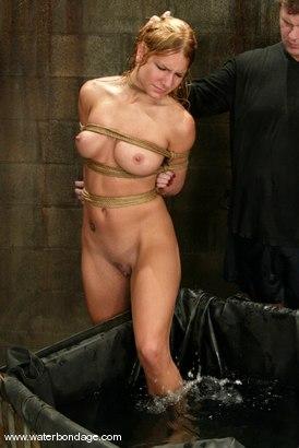 Photo number 6 from Jenni Lee shot for Water Bondage on Kink.com. Featuring Jenni Lee in hardcore BDSM & Fetish porn.