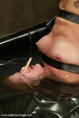 Photo number 11 from Jenni Lee shot for Water Bondage on Kink.com. Featuring Jenni Lee in hardcore BDSM & Fetish porn.