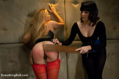 Photo number 4 from Julia Ann's Anal Domination shot for Everything Butt on Kink.com. Featuring John Strong, Bobbi Starr and Julia Ann in hardcore BDSM & Fetish porn.