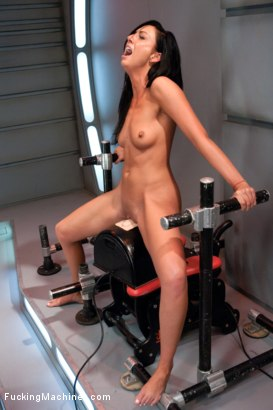Photo number 10 from She Screams, She Cums, She's Machine Fucked to Tilt shot for Fucking Machines on Kink.com. Featuring Tiffany Brookes in hardcore BDSM & Fetish porn.