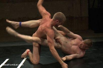 Photo number 6 from Blake Daniels vs Drake Temple shot for nakedkombat on Kink.com. Featuring Drake Temple and Blake Daniels in hardcore BDSM & Fetish porn.