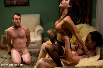 Photo number 14 from Mrs. Dimarco's Loving Cuck-Husband shot for Divine Bitches on Kink.com. Featuring Gia DiMarco, Dietrich Cyrus and Wolf Hudson in hardcore BDSM & Fetish porn.