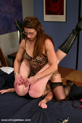 Photo number 7 from Kym Wilde and Chloe Catastrophe shot for Whipped Ass on Kink.com. Featuring Kym Wilde and Chloe Catastrophe in hardcore BDSM & Fetish porn.