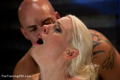 Photo number 19 from Lorelei Lee: Day 2 shot for The Training Of O on Kink.com. Featuring Lorelei Lee and Derrick Pierce in hardcore BDSM & Fetish porn.