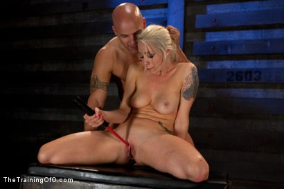 Photo number 21 from Lorelei Lee: Day 2 shot for The Training Of O on Kink.com. Featuring Lorelei Lee and Derrick Pierce in hardcore BDSM & Fetish porn.