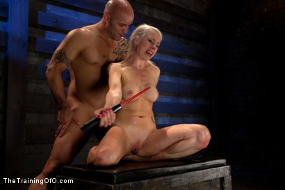 Photo number 18 from Lorelei Lee: Day 2 shot for The Training Of O on Kink.com. Featuring Lorelei Lee and Derrick Pierce in hardcore BDSM & Fetish porn.