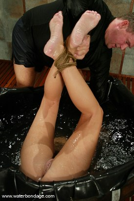 Photo number 7 from Ivy shot for Water Bondage on Kink.com. Featuring Ivy in hardcore BDSM & Fetish porn.