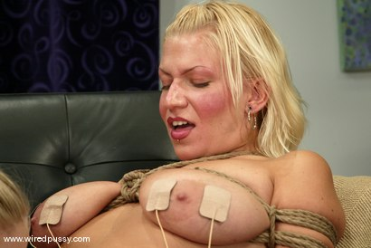 Photo number 12 from Xana Star shot for Wired Pussy on Kink.com. Featuring Xana Star in hardcore BDSM & Fetish porn.