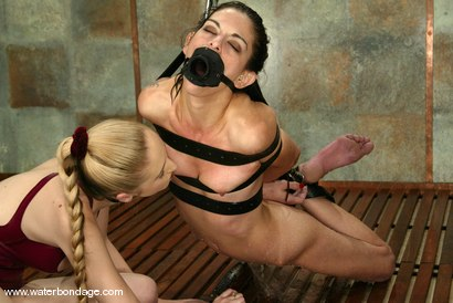 Photo number 5 from Eva Lux shot for Water Bondage on Kink.com. Featuring Eva Lux in hardcore BDSM & Fetish porn.