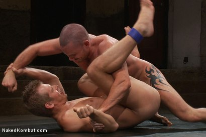Photo number 6 from Mike Rivers vs Ethan Ayers shot for Naked Kombat on Kink.com. Featuring Ethan Ayers and Mike Rivers in hardcore BDSM & Fetish porn.