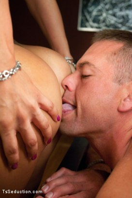 Photo number 6 from Double Updates This week: Part 1 Ts Foxxy Eats Her Man shot for TS Seduction on Kink.com. Featuring TS Foxxy and John Jammen in hardcore BDSM & Fetish porn.