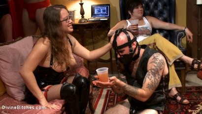 Photo number 11 from The most intense public FemDom pajama party ever! shot for Divine Bitches on Kink.com. Featuring Parker London, Aiden Starr, Dutch Bardoux, Gia DiMarco, DJ, Lorelei Lee and Maitresse Madeline Marlowe in hardcore BDSM & Fetish porn.