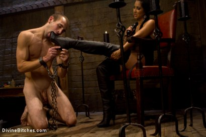 Photo number 2 from Dream Come True shot for Divine Bitches on Kink.com. Featuring Isis Love and Blake in hardcore BDSM & Fetish porn.