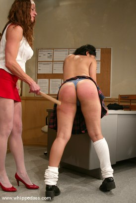 Photo number 4 from Mika Tan and Kym Wilde shot for Whipped Ass on Kink.com. Featuring Mika Tan and Kym Wilde in hardcore BDSM & Fetish porn.