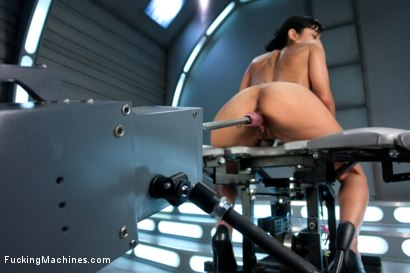 Photo number 6 from Audition Shoot: Her First Porn shot for Fucking Machines on Kink.com. Featuring Beretta James in hardcore BDSM & Fetish porn.
