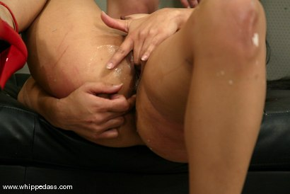 Photo number 14 from Mika Tan and Sonya shot for Whipped Ass on Kink.com. Featuring Mika Tan and Sonya in hardcore BDSM & Fetish porn.