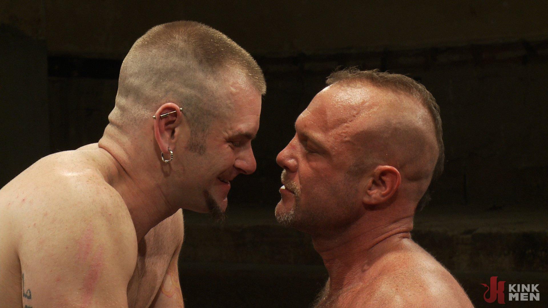 Photo number 14 from Tober's Back! shot for Naked Kombat on Kink.com. Featuring Chad Brock and Tober Brandt in hardcore BDSM & Fetish porn.