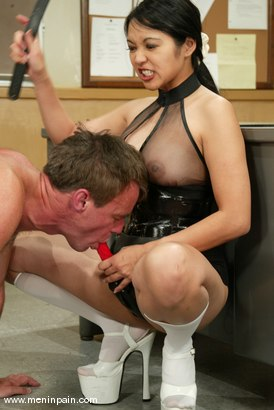 Photo number 8 from Mika Tan, Ivy and Wild Bill shot for Men In Pain on Kink.com. Featuring Mika Tan, Ivy and Wild Bill in hardcore BDSM & Fetish porn.