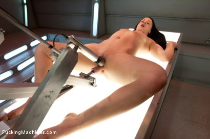 Photo number 6 from Alien Pussy Eaters and Other Robots shot for Fucking Machines on Kink.com. Featuring Cheyenne Jewel in hardcore BDSM & Fetish porn.