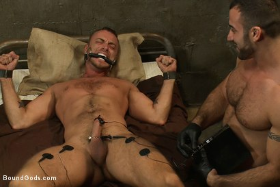 Photo number 13 from The Most Violent Orgasm in Bound Gods History shot for Bound Gods on Kink.com. Featuring Spencer Reed and Jessie Colter in hardcore BDSM & Fetish porn.