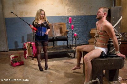 Photo number 11 from Breaking Bad: Episode 3 shot for Divine Bitches on Kink.com. Featuring Drake Temple and Aiden Starr in hardcore BDSM & Fetish porn.