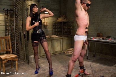 Photo number 15 from What Bobbi Starr Wants Bobbi Starr Gets shot for Divine Bitches on Kink.com. Featuring Bobbi Starr and Scott Upton in hardcore BDSM & Fetish porn.