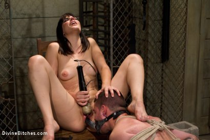 Photo number 13 from What Bobbi Starr Wants Bobbi Starr Gets shot for Divine Bitches on Kink.com. Featuring Bobbi Starr and Scott Upton in hardcore BDSM & Fetish porn.