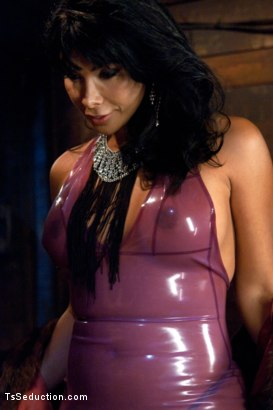 Photo number 1 from Face Sitting, Face Banging, Cum Sucking: The Powerful Return of Vaniity shot for TS Seduction on Kink.com. Featuring Rick Monroe and Vaniity in hardcore BDSM & Fetish porn.
