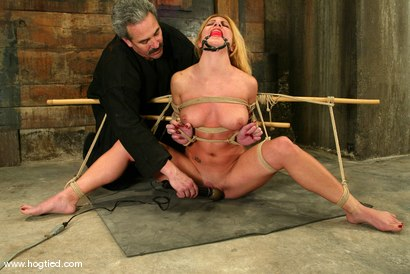 Photo number 12 from Jenni Lee and Lew Rubens shot for Hogtied on Kink.com. Featuring Lew Rubens and Jenni Lee in hardcore BDSM & Fetish porn.