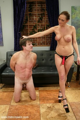Photo number 1 from Venus and Rider shot for Men In Pain on Kink.com. Featuring Venus and Rider in hardcore BDSM & Fetish porn.