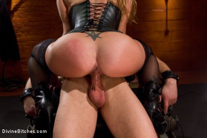 Photo number 14 from Leather Clad Fem Dom: Episode 1 shot for Divine Bitches on Kink.com. Featuring Felony and Trent Diesel in hardcore BDSM & Fetish porn.