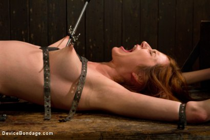 Photo number 1 from Redhead next door suffers for her orgasms shot for Device Bondage on Kink.com. Featuring Phoenix Askani in hardcore BDSM & Fetish porn.