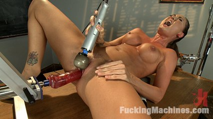 HOT: Ass Spanked, Deeply Fucked and Machine Heaven all in The Same Girl