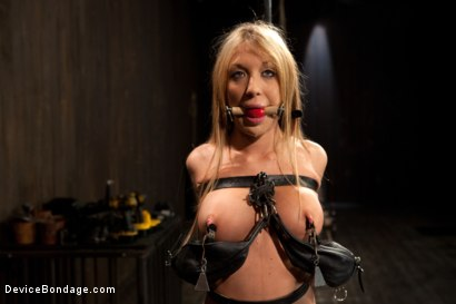 Photo number 1 from Squirt Alert! From the ass that keeps on taking shot for Device Bondage on Kink.com. Featuring Amy Brooke in hardcore BDSM & Fetish porn.