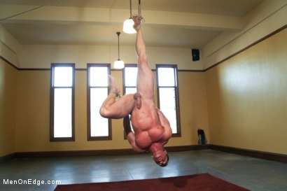 Photo number 12 from Derek Pain - The only competitive bodybuilder in the world who could handle the one leg suspension. shot for Men On Edge on Kink.com. Featuring Derek Pain in hardcore BDSM & Fetish porn.
