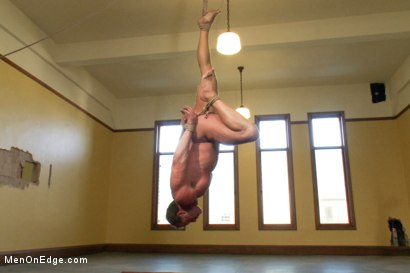 Photo number 4 from Derek Pain - The only competitive bodybuilder in the world who could handle the one leg suspension. shot for Men On Edge on Kink.com. Featuring Derek Pain in hardcore BDSM & Fetish porn.