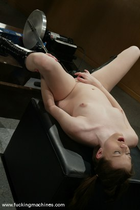 Photo number 14 from Keiko shot for Fucking Machines on Kink.com. Featuring Keiko in hardcore BDSM & Fetish porn.