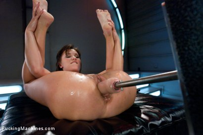 Photo number 9 from Russian Gold: Alysa and Her Machine Defying Pussy and Ass shot for Fucking Machines on Kink.com. Featuring Alysa in hardcore BDSM & Fetish porn.