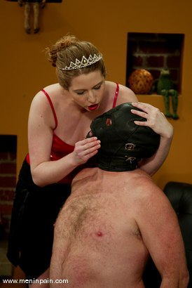 Photo number 15 from Princess Kali and Slave shot for Men In Pain on Kink.com. Featuring Princess Kali and Slave in hardcore BDSM & Fetish porn.