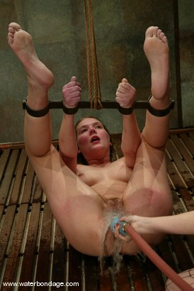 Photo number 13 from Star shot for Water Bondage on Kink.com. Featuring Star in hardcore BDSM & Fetish porn.