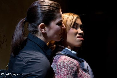 Photo number 4 from Wrong Place at the Wrong Time shot for Wired Pussy on Kink.com. Featuring Bobbi Starr and Yasmine de Leon in hardcore BDSM & Fetish porn.