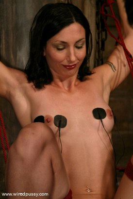 Photo number 6 from Wenona and Dia Bind shot for Wired Pussy on Kink.com. Featuring Wenona and Dia Bind in hardcore BDSM & Fetish porn.