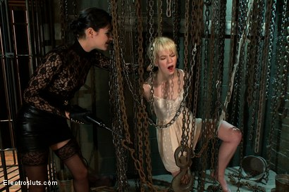 Photo number 11 from Electric Chains Keeps her Captive shot for Electro Sluts on Kink.com. Featuring Alani Pi and Bobbi Starr in hardcore BDSM & Fetish porn.