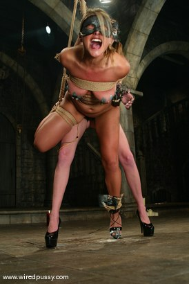 Photo number 2 from Veronika and Audrey Leigh shot for Wired Pussy on Kink.com. Featuring Veronika and Audrey Leigh in hardcore BDSM & Fetish porn.